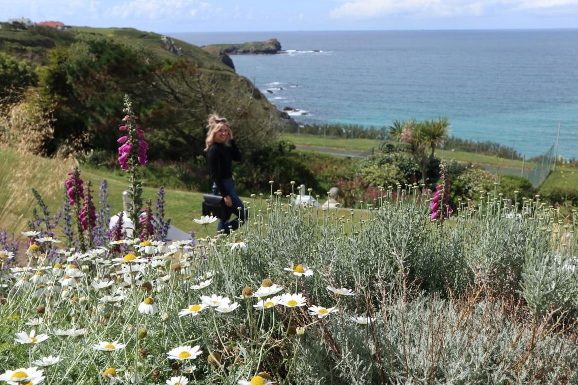 Views of the ocean from Polurrian gardens.