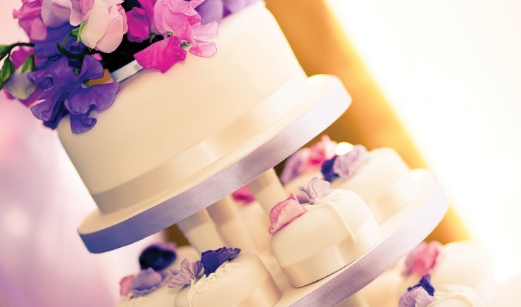 Wedding cake at Polurrian Bay Hotel, a wedding venue near Helston